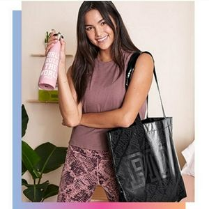 FREE w/ $30 purchase S'well × VSPINK bottle